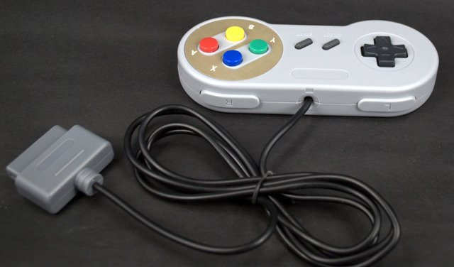 Controller for Nintendo SNES and Superfamicom with WARRANTY BRAND NEW
